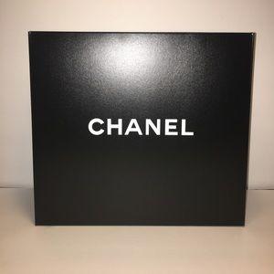 CHANEL Handbags - Chanel Empty storage box gst tote