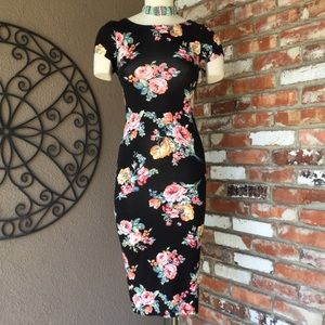 Poetry Dresses & Skirts - Gorgeous POETRY, Made in U.S.A Bodycon Dress!