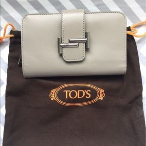Tods Double T Wallet