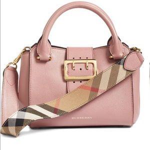 Burberry Handbags - Burberry handbag (100% AUTHENTIC) 💥Sale💥