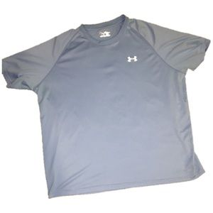 Under Armour Other - Loose fit under Armour shirt