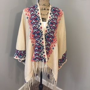 Love Stitch Sweaters - Knitted Poncho