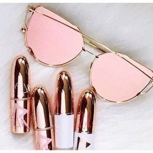 on the edge boutique Accessories - 🎉hp🎉 the mirror bar aviator sunglasses