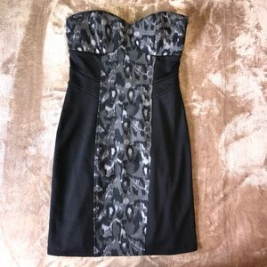 Dresses & Skirts - Adorable and comfortable strapless party dress