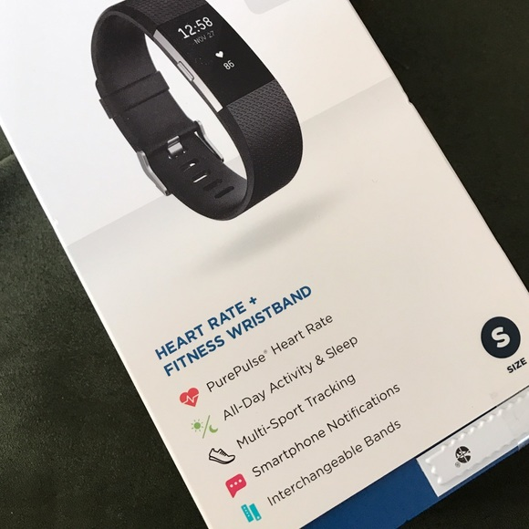 how do you hook up fitbit I picked up the sync solver app since i was a fitbit user for years and all my friends were getting mad that they could  beating my fitbit friends with my apple watch.
