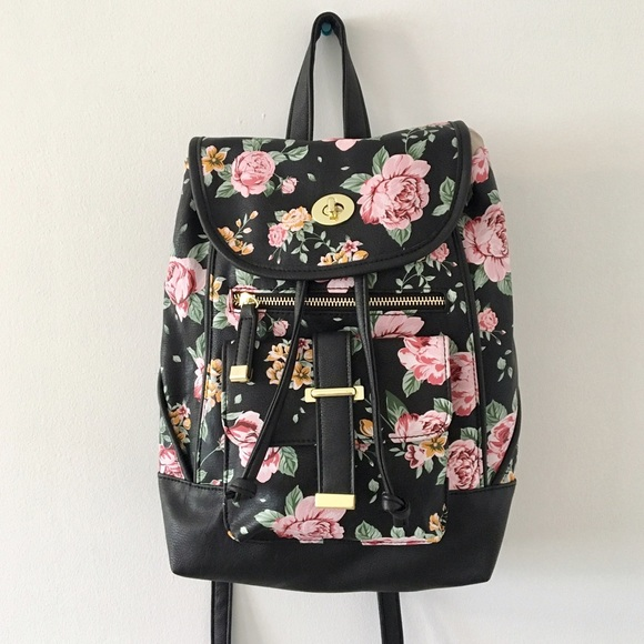 46d4d8a133bbb MADDEN GIRL FLORAL BACKPACK