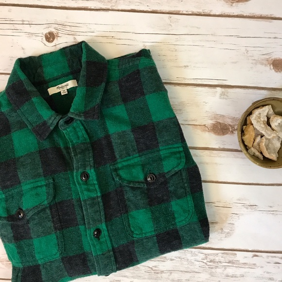 Madewell Tops - Madewell green + black buffalo plaid flannel shirt 636a4fe0bf0