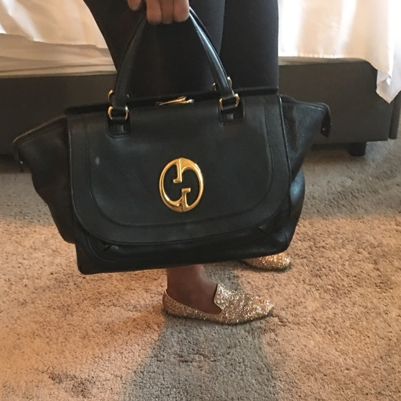 cd24e09e3 Gucci Handbags - 💵 Final price drop 💳Large Gucci satchel