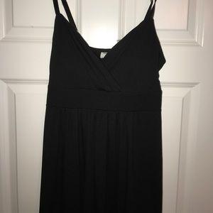 Dresses & Skirts - Soft black maxi dress with adjustable straps!