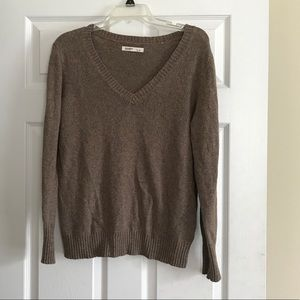 Brown Large Old Navy sweater