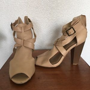 2bamboo Shoes - Wooden chunky nude heel