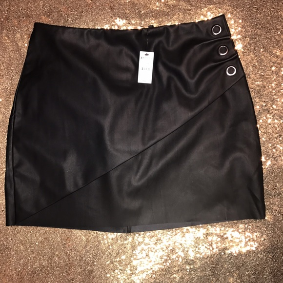 36 express dresses skirts express faux leather