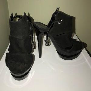 Shoes - Jessica Simpson Super High Pumps!