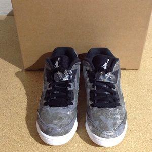 newest 14d0d c0448 Jordan Retro 5 Low G Premium Sneaker