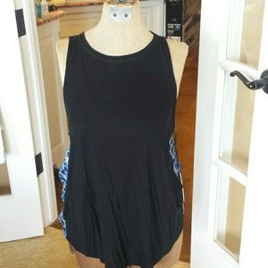 Juicy Couture Tops - Adorable juicy couture tunic with open back