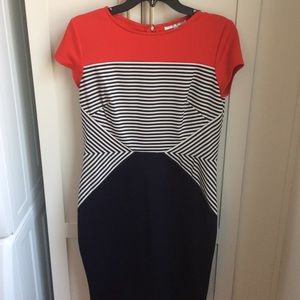 Dresses & Skirts - New! Never worn navy/red fitted short sleeve dress