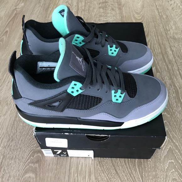 uk availability 1b384 7aa81 Air Jordan Other - Nike Air Jordan Jordan Retro 4 VI Green Glow 7Y