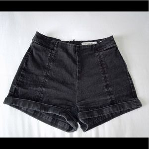 PacSun Pants - Bullhead High-rise Short Short