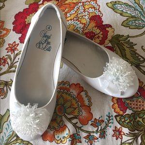Swea Pea & Lilli dress shoes