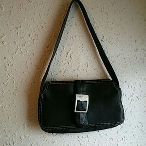 Kenneth Cole Reaction Handbags - Kenneth Cole reaction small leather purse