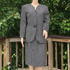 Christian Dior Jackets & Blazers - Vintage Christian Dior Career Suit in SIZE 12