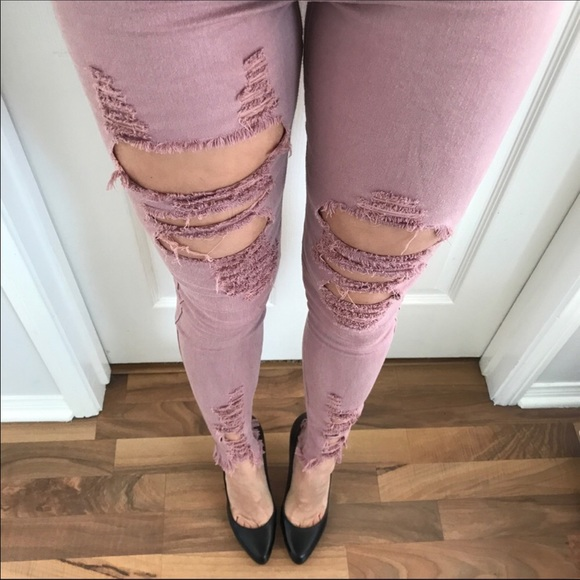 mrsalliexo Denim - ✨Sale✨Reposh✨Dusty Rose distressed Jeans