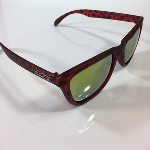 Nectar Accessories - Nectar Banyon Sunglasses Polarized Red Tortoise