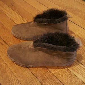 L.L. Bean Shoes - L.L. BEAN WICKED GOOD MOCCS size 10