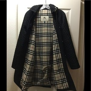 ⬇️ $500 Burberry Black Quilted Coat Price drop!!!