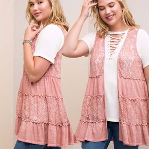 TIERED, LACE PANEL VEST