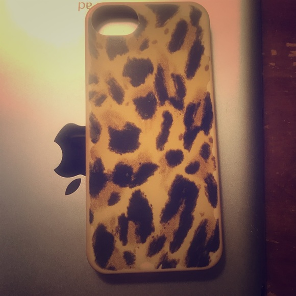 J. Crew Accessories - J crew cheetah phone case