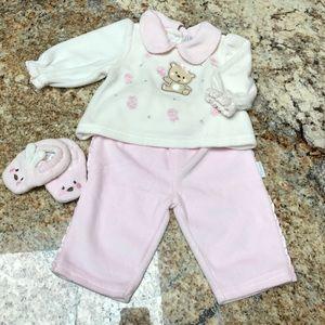 Vitamins Baby Other - Teddy Bear velvet outfit
