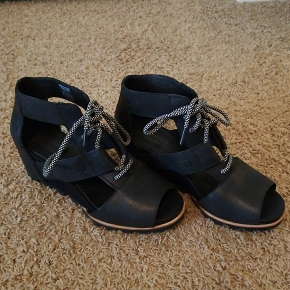 8f5169d0def8 Sorel Joanie Lace Up Wedge Sandals. M 592e0b365a49d0dd8e080dda