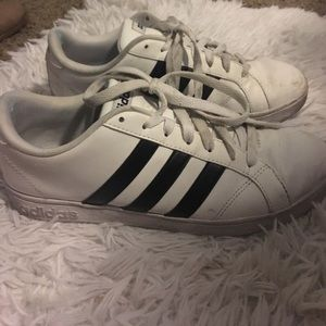 adidas Shoes - Adidas baseline sneakers