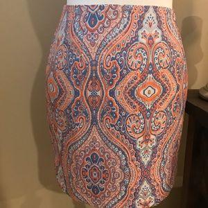 Patterned mini skirt 🌸
