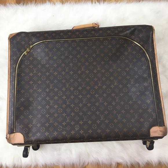 Louis Vuitton Handbags - Louis Vuitton Pullman Luggage