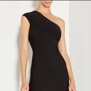 Herve Leger Dresses - Herve Leger Renee wide fringed detail dress👗❤️💋