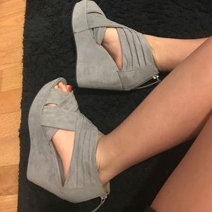 Divided Shoes - Grey suede straps wedges heels