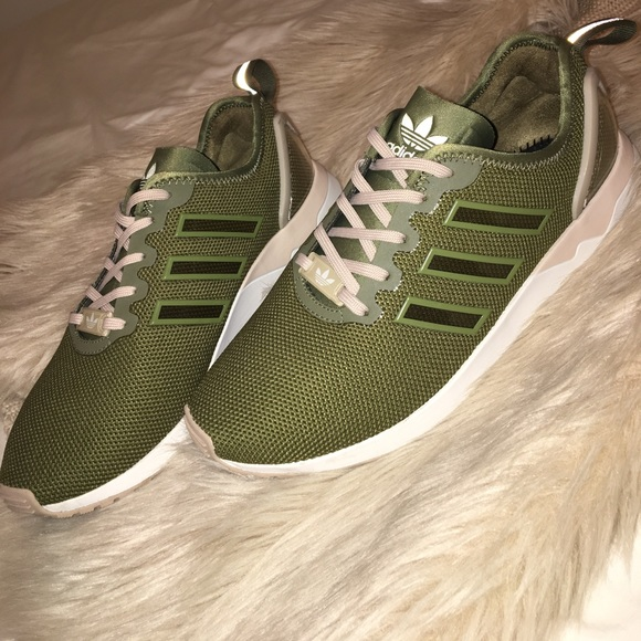purchase cheap 0b6f0 0f3c3 adidas Shoes - ADIDAS MI ZX FLUX ADV SHOES