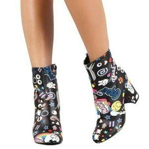 Shoes - Sale⭐HOST PICK⭐NWT😍🎵FIERCE SOCIAL MEDIA BOOTS