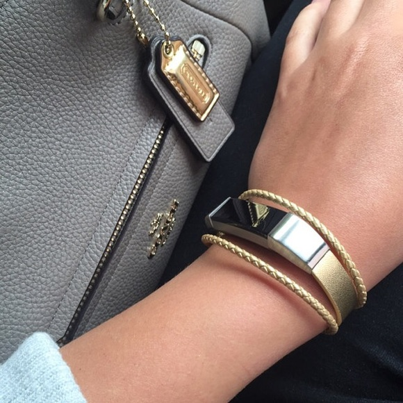 29099c7c4db2 Fitbit Alta HR Bracelet AUREL - Gold -leather ss