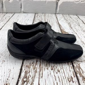 Geox Shoes - 💕SALE💕 Geox Black Leather & Suede Shoes