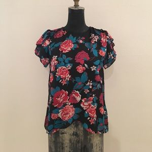 Tops - Floral tulip sleeve cross front blouse