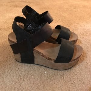 4df32df4f43 Shoes - Pierre Dumas Hester Platform Wedge