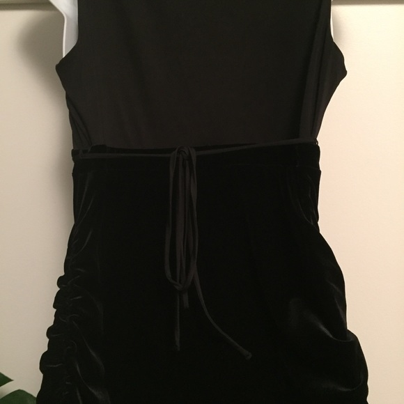 Motherhood Maternity Dresses - Maternity black formal dress medium