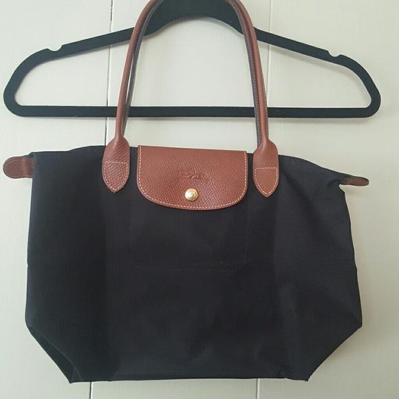 Longchamp Bags   Medium Black Le Pliage Shopping Tote   Poshmark 0ddae7d05b