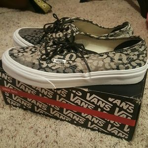 Vans Shoes - VANS Cheetah Print. Size 7.