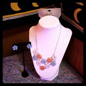 Lux Jewelry - NWOT beautiful statement necklace and earrings set