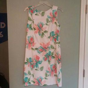 Alyx Dresses & Skirts - Floral white sheath dress