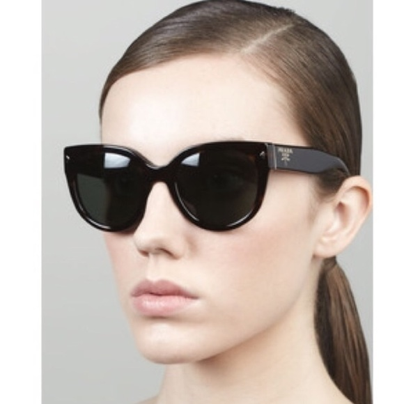 6c129c94792e PRADA Cat eye black sunglasses 54mm AUTHENTIC EUC.  M 592ecdb7b4188e723f0030fa